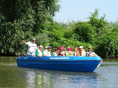 barca-dunarea-veche-1